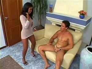 Babe brasileiro preto batendo antes facial, slut