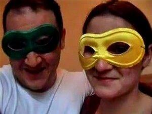 Marido transando com sua esposa em seu rabo