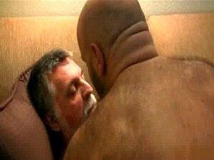 Dois caras gays chupa pau e ficar socado pornô