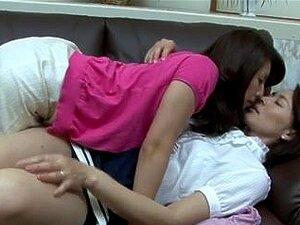 Japonesas peludas sluts lésbicas fazendo sexo,