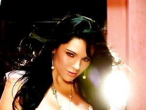 Mariana Rios H