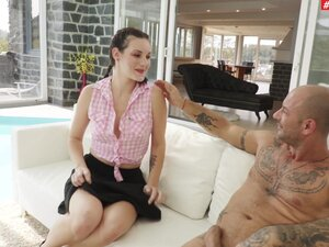 Slutty girlfriend Evena Vega gives a rimjob and