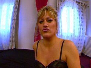 Blonde super exhib baise dans les magasins !