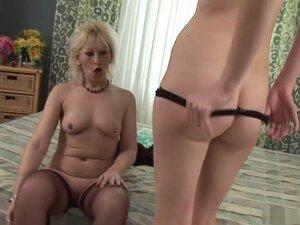 Best pornstars Samantha White and Barbara Sweet in