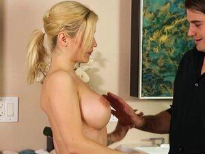 Nuru Massage Anal Sex for Lucky Client