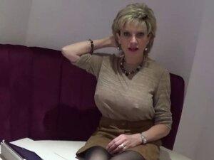 Unfaithful british milf lady sonia displays her