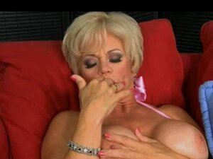 Hot granny likes to get fucked by this muscle stud