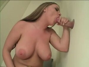 Chick Gives Blowjob To A Big Rod In The Dressing