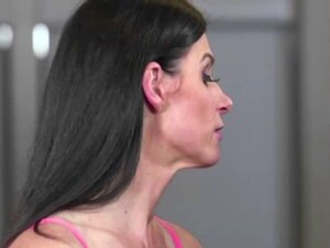Attractive babe India Summer in hot threesome with