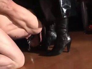 mistress boot slave training