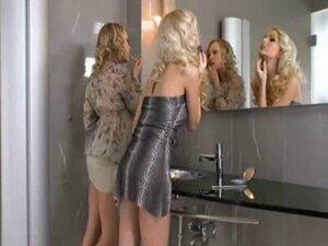 Ladies Room Interlude
