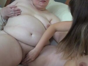 Granny in blue dress gets her pussy fingered