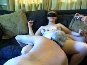 Lisa Marie Tasker sucks old mans cock