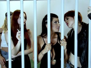Hardcore lesbian group sex featuring a bunch of