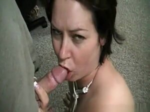 Brunette With Tattoo Sucks Small Cock, Short hair