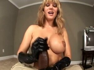 Fetish mistress hands play