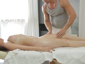 Marina Visconti & Dimitry in Fuck Her Tits -