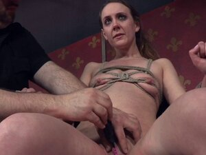 Dominated sub with small tits gets pussytoyed