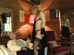 LA COCHONNE - French blonde gets rough DP in MMF