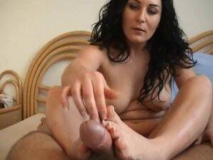 Dark-Haired Mature woman Footjob