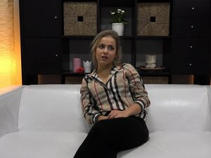 18 Years Super Flexible Gymnast in Casting Room