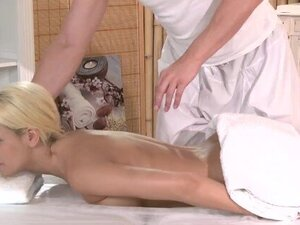 Massage Rooms Blonde with plump bum enjoys big fat