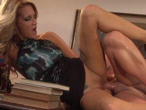 Slender beauty Jessica Drake gets cum on her