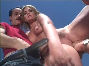 Flower Tucci Vigorously Double Penetrated In The