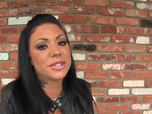 Experienced black haired whore Mason Moore with