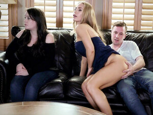 Jessy sneakily fucks Nicole Aniston and gets