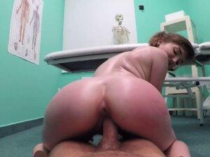 Huge dick doctor banging slim beauty