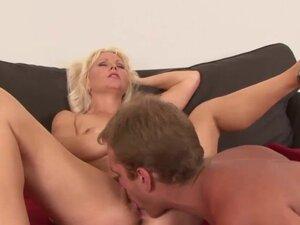 Horny blonde has her hirsute twat slammed
