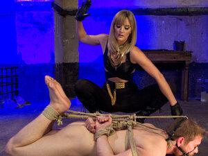Mona Wales & Alex Adams in Going Deep -