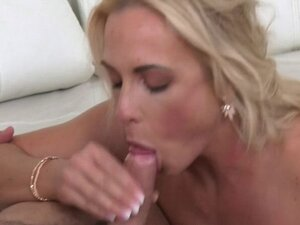 Female Agent Made Guy to Cum on Casting