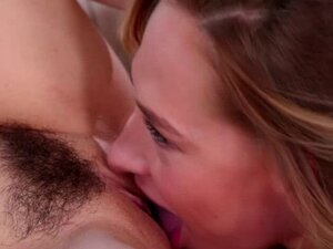 Carter Cruise eating Riley Reids twat and she