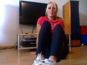 BARE FOOT Cassandra Mature Feet