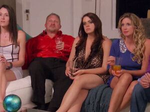 Living room steams up with horny couples