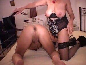 MILF toys her lover