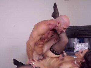 Johnny Sins bangs Syren De Mer on top of his cock