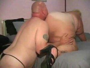 BBW / SSBBW Ass Worshiping MILF