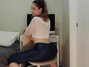 Curvy pawg ashley shakes her ass 2, Curvy Pawg