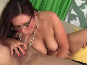 Bitchy MILF Boss Tamed By Employee's Hard Dick,