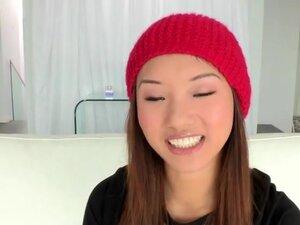 Natural beauty teen Alina Li gets screwed by super