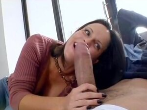 Daisy Duxe's BIG surprise