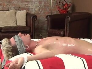 Gay porn A Huge Cum Load From Kale