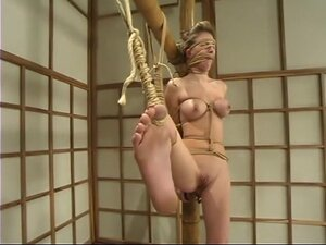 Audrey Leigh, Audrey is an experienced Dominatrix