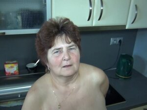 Fat and slutty granny Hana plays with her hairy