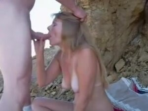 laurie fun at the beach, Laurie blowjob her