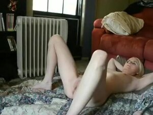 Moaning blonde gets missionary fucked and
