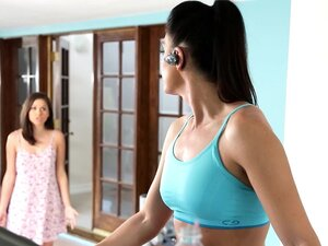 MommysGirl India Summer's sensual Step-Daughter
